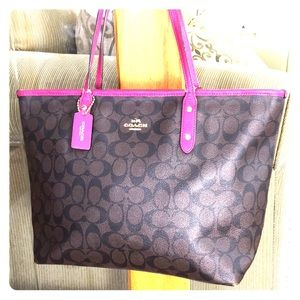 💕 Coach gorgeous brown pink large tote 💕